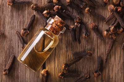 clove-essential-oil